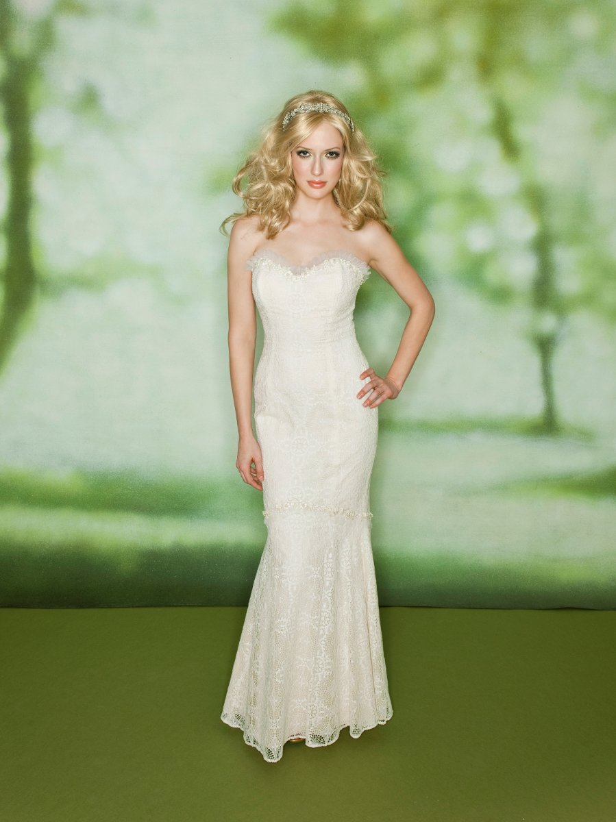 Wedding Dresses, Sweetheart Wedding Dresses, Lace Wedding Dresses, Romantic Wedding Dresses, Fashion, white, Summer, Eco-Friendly, Flowers, Boho Chic, Romantic, Lace, Sweetheart, Strapless, Strapless Wedding Dresses, Sheath, Floor, Dropped, Cotton, Sleeveless, Claire pettibone, Boho Chic Wedding Dresses, Flower Wedding Dresses, Sheath Wedding Dresses, Summer Wedding Dresses, Floor Wedding Dresses, Cotton Wedding Dresses, Eco Friendly Wedding Dresses