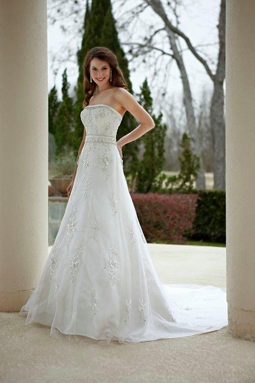 A-line Wedding Dresses, Lace Wedding Dresses, Romantic Wedding Dresses, Fashion, Classic, Romantic, Lace, Strapless, Strapless Wedding Dresses, A-line, Beading, Wedding dress, Sleeveless, Embellished, Davinci bridal, Beaded Wedding Dresses, Classic Wedding Dresses