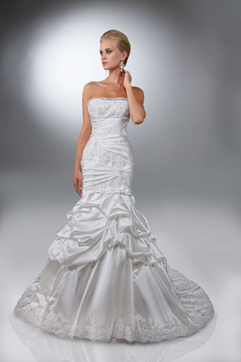 Wedding Dresses, Mermaid Wedding Dresses, Lace Wedding Dresses, Fashion, ivory, Modern, Square, Lace, Strapless, Strapless Wedding Dresses, Beading, Formal, Organza, Dropped, Taffeta, Pick-ups, Sleeveless, Ruching, Mermaid/Trumpet, Fit-n-Flare, Modern Wedding Dresses, Beaded Wedding Dresses, organza wedding dresses, taffeta wedding dresses, trumpet wedding dresses, Square Neckline Wedding Dresses, Formal Wedding Dresses