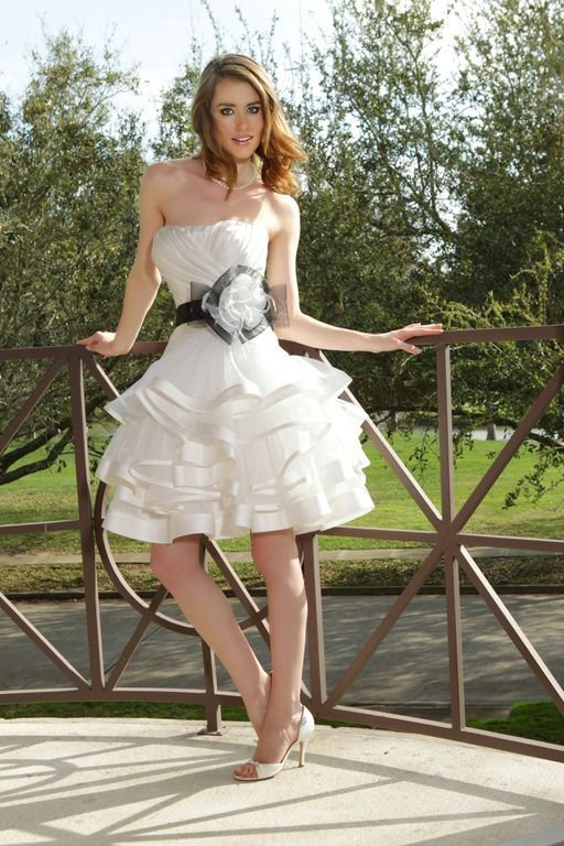 Wedding Dresses, Sweetheart Wedding Dresses, A-line Wedding Dresses, Ruffled Wedding Dresses, Fashion, white, black, Modern, Flowers, Sweetheart, A-line, Short, Satin, Organza, Ruffles, Hip, Informal, Davinci bridal, Sash/Belt, Short Wedding Dresses, Modern Wedding Dresses, organza wedding dresses, satin wedding dresses, Flower Wedding Dresses, Informal Wedding Dresses, Hip Wedding Dresses, Sash Wedding Dresses, Belt Wedding Dresses