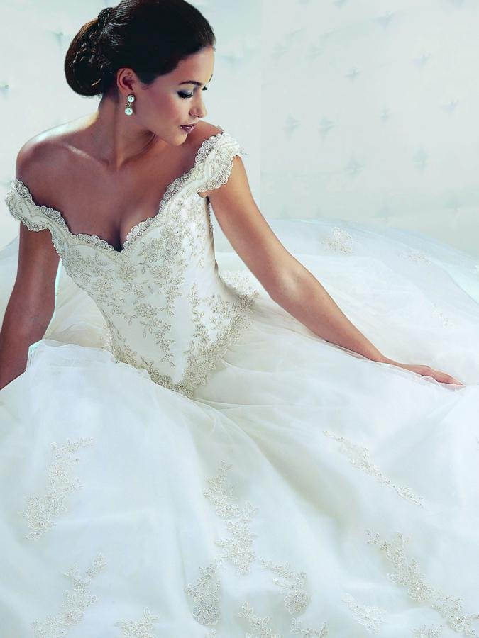 Wedding Dresses, Sweetheart Wedding Dresses, Ball Gown Wedding Dresses, Romantic Wedding Dresses, Fashion, white, ivory, silver, Shabby Chic, Romantic, Sweetheart, Off the shoulder, Beading, Tulle, Floor, Formal, Sleeveless, Basque, Ball gown, Davinci bridal, Off the Shoulder Wedding Dresses, Beaded Wedding Dresses, tulle wedding dresses, Formal Wedding Dresses, Floor Wedding Dresses, Shabby Chic Wedding Dresses
