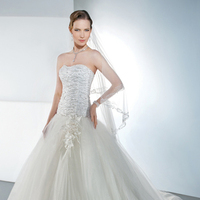 Wedding Dresses, A-line Wedding Dresses, Fashion, Strapless, Strapless Wedding Dresses, A-line, Beading, Tulle, Demetrios, Sweatheart, Attached Train, Beaded Wedding Dresses, tulle wedding dresses