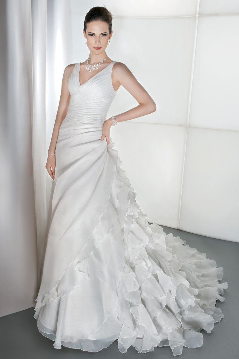 Wedding Dresses, Fashion, Demetrios, Ruffled, Attached Train, V-neckline, Asymmetrical ruching, side draping, ruffled layers