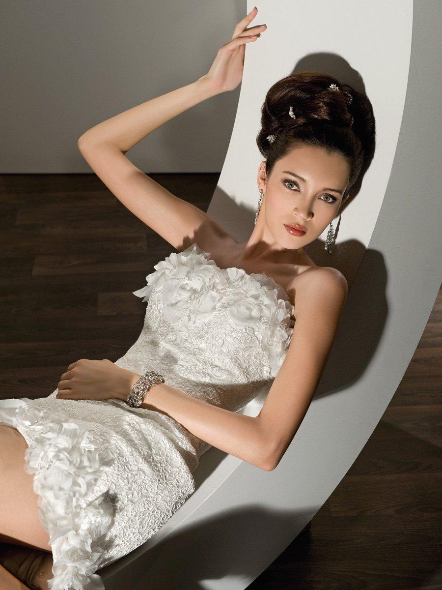 Wedding Dresses, Lace Wedding Dresses, Fashion, Flowers, Lace, Strapless, Strapless Wedding Dresses, Demetrios, Organza, removable skirt, mini gown, lace back, long to short, organza wedding dresses, Flower Wedding Dresses