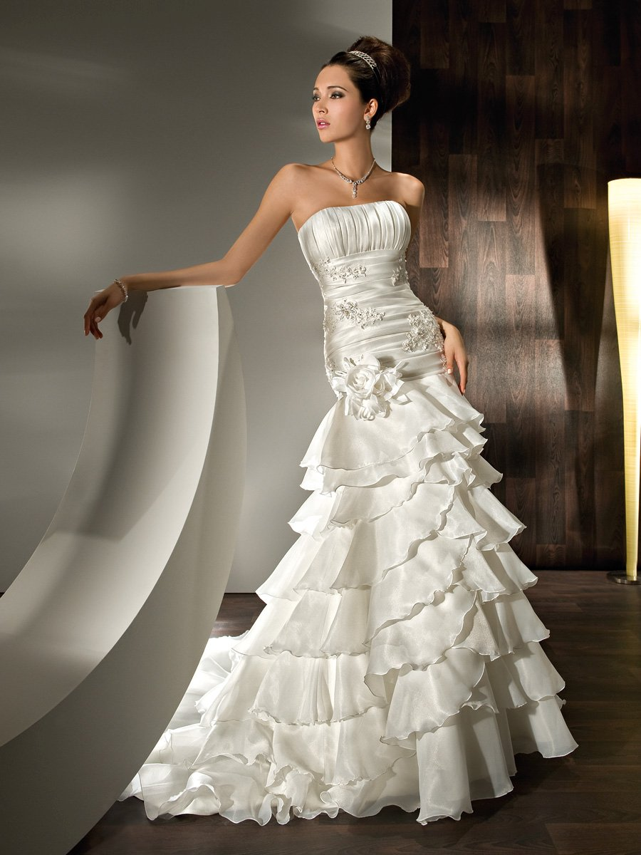 Wedding Dresses, Fashion, Strapless, Strapless Wedding Dresses, Satin, Demetrios, Organza, Ruched, removable skirt, mini gown, empire bodice, long to short, multi-tiered skirt, scattered appliques, organza wedding dresses, satin wedding dresses