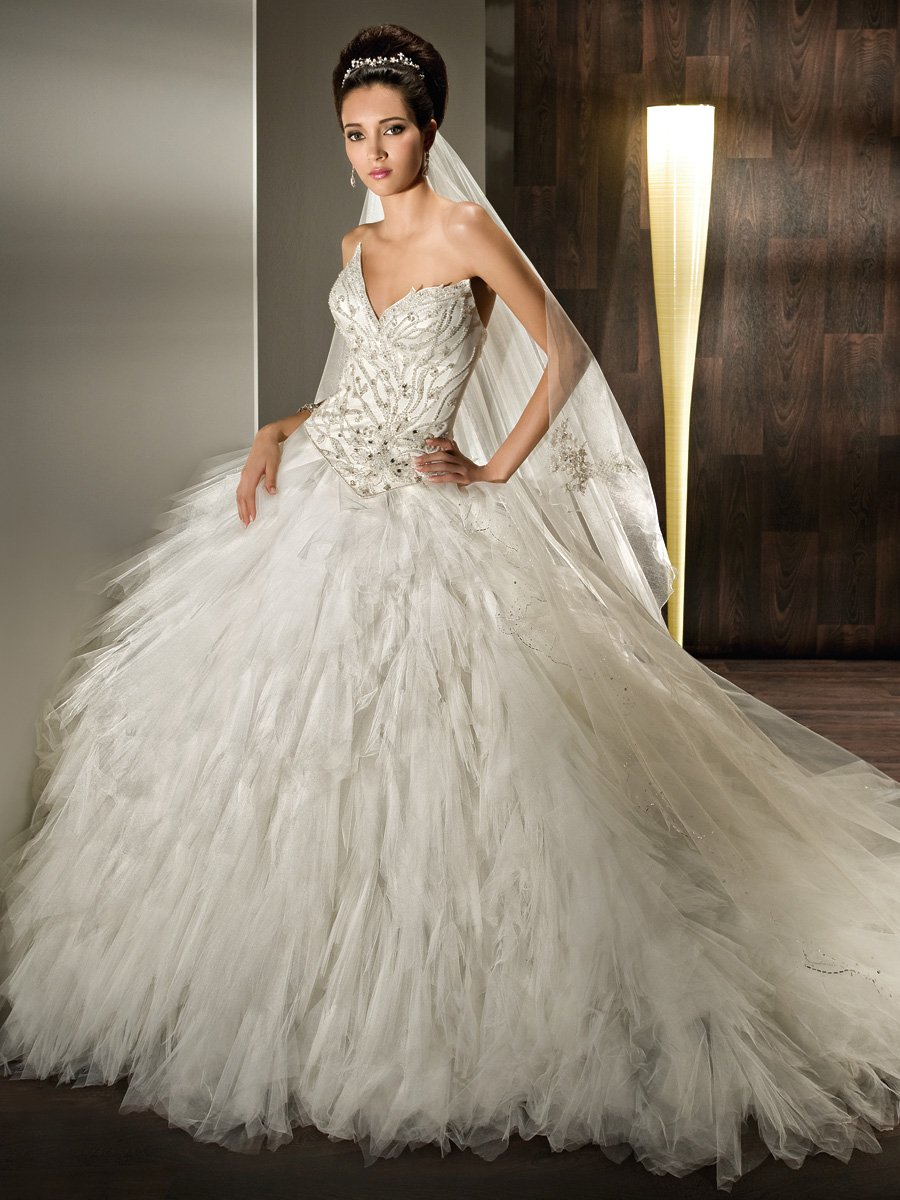 Wedding Dresses, Ball Gown Wedding Dresses, Fashion, Strapless, Strapless Wedding Dresses, Tulle, Demetrios, Beaded, Bodice, Ruffled, Ball gown, lace back, multi-ruffled, pointed sweetheart, scroll flowers, tulle wedding dresses