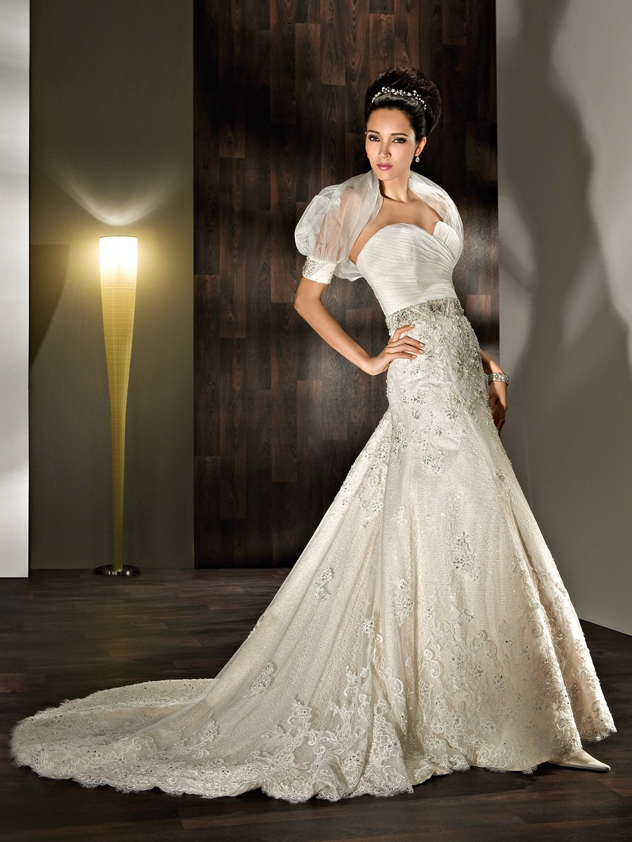 Wedding Dresses, Sweetheart Wedding Dresses, A-line Wedding Dresses, Lace Wedding Dresses, Fashion, Lace, Sweetheart, Strapless, Strapless Wedding Dresses, A-line, Demetrios, Organza, Bolero, Beaded, Ruched, Embellished, Bolero jacket, Beaded belt, wrap bodice, organza wedding dresses