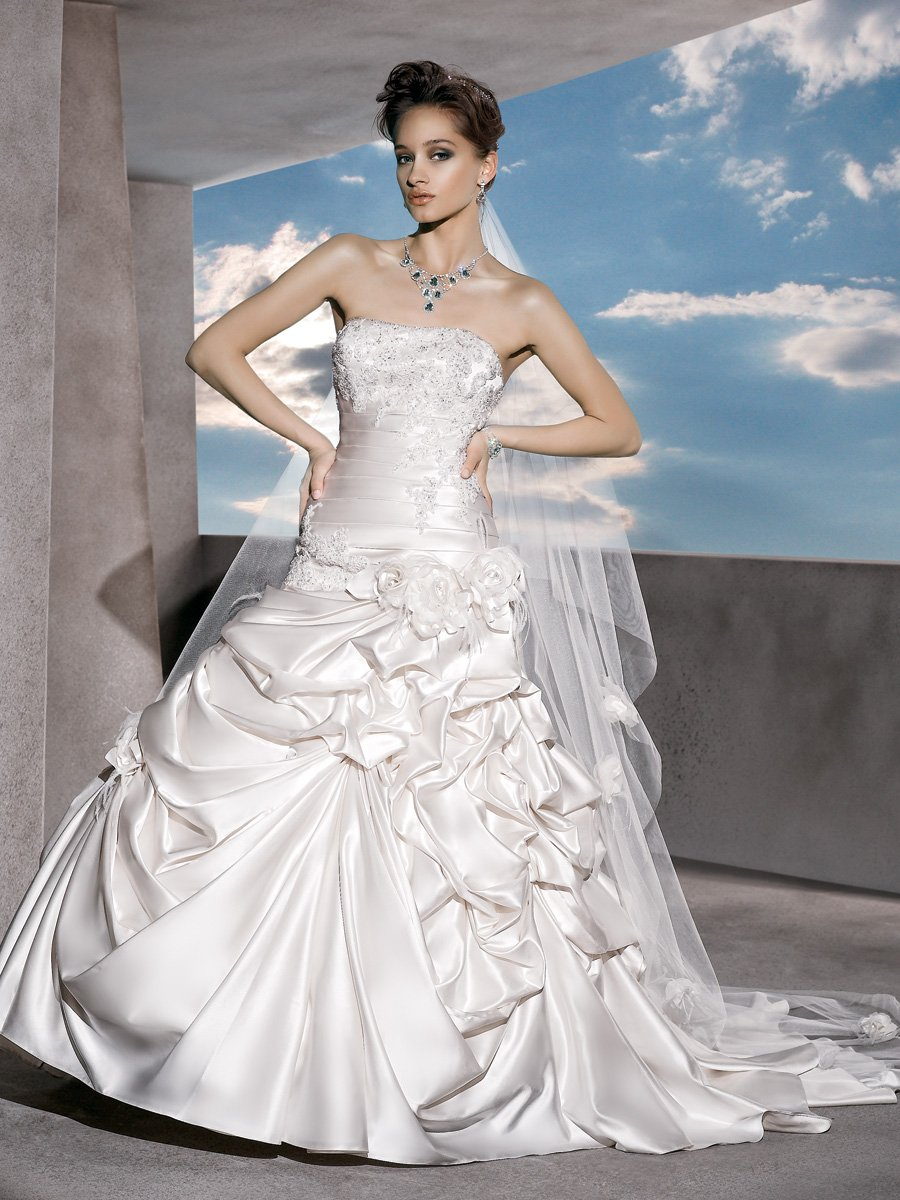 Wedding Dresses, Fashion, Flowers, Strapless, Strapless Wedding Dresses, Satin, Demetrios, Pleated, Bustled skirt, lace bodice, beaded lace, laced back, satin wedding dresses, Flower Wedding Dresses