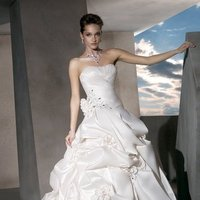 Wedding Dresses, A-line Wedding Dresses, Fashion, Flowers, Strapless, Strapless Wedding Dresses, A-line, Demetrios, Beaded, Taffeta, crystal beading, Bustled skirt, a-line skirt, laced back, ruched boduce, intertwining bodice, taffeta wedding dresses, Flower Wedding Dresses