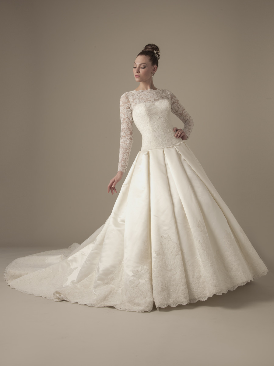 Wedding Dresses, Ball Gown Wedding Dresses, Lace Wedding Dresses, Hollywood Glam Wedding Dresses, Fashion, Classic, Lace, Floor, Silk, Dropped, Modest, Long sleeve, Ball gown, Dennis basso, high-neck, hollywood glam, dennis basso for kleinfeld, High Neck Wedding Dresses, Classic Wedding Dresses, Silk Wedding Dresses, Floor Wedding Dresses, Modest Wedding Dresses