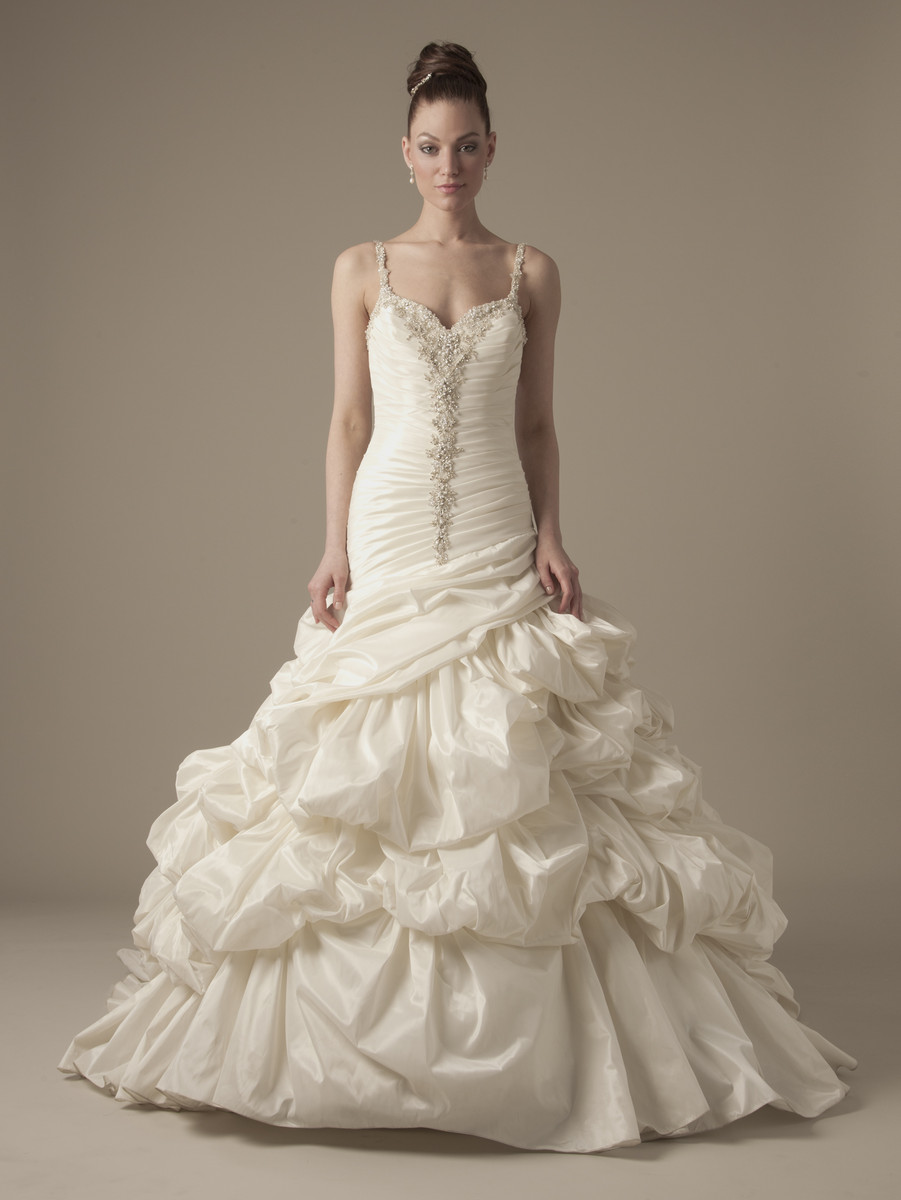 Wedding Dresses, A-line Wedding Dresses, Ball Gown Wedding Dresses, Ruffled Wedding Dresses, Romantic Wedding Dresses, Hollywood Glam Wedding Dresses, Fashion, Romantic, A-line, Spaghetti straps, Beading, Floor, Silk, Ruffles, Dropped, Ball gown, Dennis basso, hollywood glam, taffetta, dennis basso for kleinfeld, Beaded Wedding Dresses, Spahetti Strap Wedding Dresses, Silk Wedding Dresses, Floor Wedding Dresses