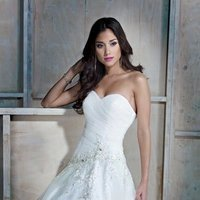 Wedding Dresses, Ball Gown Wedding Dresses, Lace Wedding Dresses, Romantic Wedding Dresses, Fashion, white, ivory, Classic, Romantic, Lace, Beading, Formal, Natural, Sleeveless, Ruching, Ball gown, Ella Rosa, Beaded Wedding Dresses, Classic Wedding Dresses, Formal Wedding Dresses
