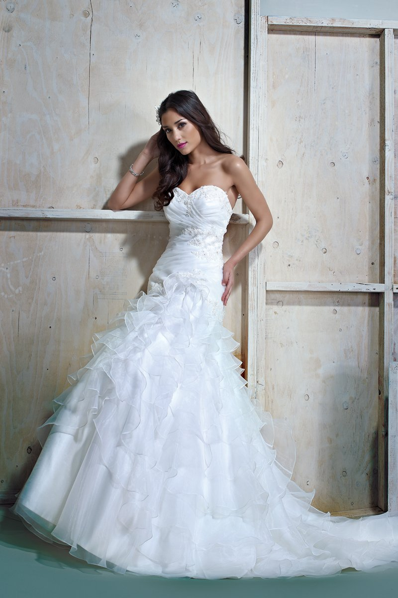 Wedding Dresses, Sweetheart Wedding Dresses, A-line Wedding Dresses, Vintage Wedding Dresses, Fashion, white, ivory, Spring, Summer, Fall, Vintage, Shabby Chic, Boho Chic, Sweetheart, Strapless, Strapless Wedding Dresses, A-line, Petals, Floor, Natural, Sleeveless, Ella Rosa, Boho Chic Wedding Dresses, Spring Wedding Dresses, Fall Wedding Dresses, Summer Wedding Dresses, Floor Wedding Dresses, Shabby Chic Wedding Dresses