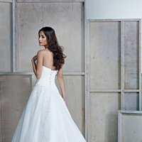 Wedding Dresses, Sweetheart Wedding Dresses, Ball Gown Wedding Dresses, Romantic Wedding Dresses, Fashion, white, ivory, Modern, Classic, Romantic, Sweetheart, Strapless, Strapless Wedding Dresses, Beading, Floor, Natural, Sleeveless, Ball gown, Ella Rosa, Modern Wedding Dresses, Beaded Wedding Dresses, Classic Wedding Dresses, Floor Wedding Dresses