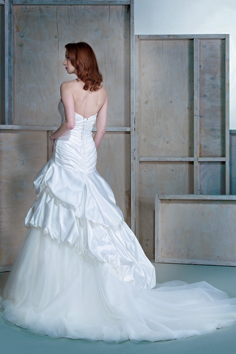 Wedding Dresses, Sweetheart Wedding Dresses, A-line Wedding Dresses, Ruffled Wedding Dresses, Hollywood Glam Wedding Dresses, Fashion, white, ivory, Sweetheart, Strapless, Strapless Wedding Dresses, A-line, Tulle, Floor, Formal, Natural, Ruffles, Pick-ups, Sleeveless, Avant-Garde, hollywood glam, Ella Rosa, tulle wedding dresses, Formal Wedding Dresses, Floor Wedding Dresses