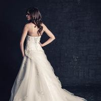 white, ivory, Classic, Romantic, Lace, Sweetheart, Strapless, Floor, Natural, Sleeveless, Ball gown, Ella Rosa
