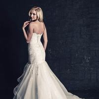 white, ivory, Classic, Romantic, Lace, Sweetheart, Strapless, Beading, Floor, Tiers, Dropped, Sleeveless, Mermaid/Trumpet, Ella Rosa