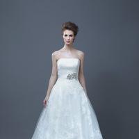 Wedding Dresses, A-line Wedding Dresses, Lace Wedding Dresses, Fashion, Lace, Strapless, Strapless Wedding Dresses, A-line, Empire, Enzoani, floor length