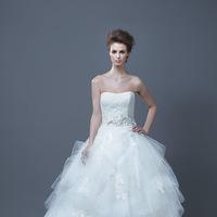 Wedding Dresses, Sweetheart Wedding Dresses, Ball Gown Wedding Dresses, Romantic Wedding Dresses, Fashion, Romantic, Sweetheart, Tulle, Enzoani, Ruffled, Ball gown, tulle wedding dresses