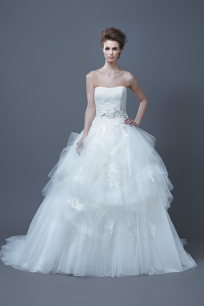 Wedding Dresses, Sweetheart Wedding Dresses, Ball Gown Wedding Dresses, Romantic Wedding Dresses, Fashion, Romantic, Sweetheart, Tulle, Enzoani, Ruffled, Ball gown, tulle wedding dresses