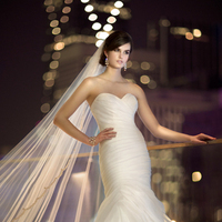 Wedding Dresses, Sweetheart Wedding Dresses, Fashion, Sweetheart, Strapless, Strapless Wedding Dresses, Essense of australia, Pick-ups, dropped waist, ruched bodice, royal organza