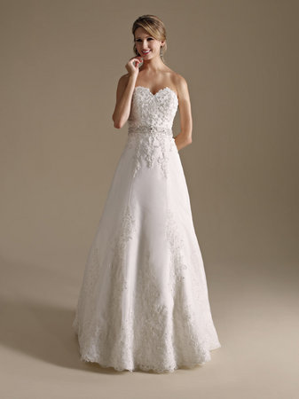 Wedding Dresses, Sweetheart Wedding Dresses, A-line Wedding Dresses, Traditional Wedding Dresses, Fashion, Classic Weddings, Kenneth Winston