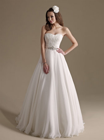 Wedding Dresses, Sweetheart Wedding Dresses, Traditional Wedding Dresses, Fashion, Classic Weddings, Kenneth Winston