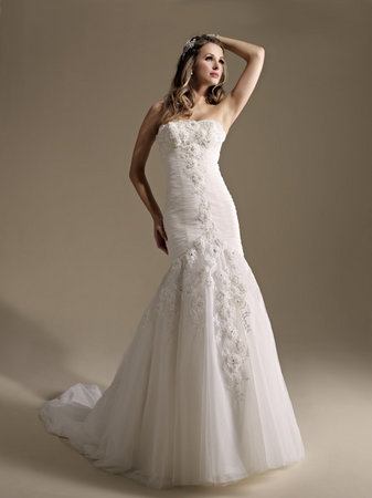Wedding Dresses, Mermaid Wedding Dresses, Romantic Wedding Dresses, Fashion, Spring Weddings, Garden Weddings, Kenneth Winston