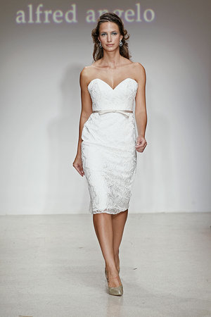 Wedding Dresses, Sweetheart Wedding Dresses, Lace Wedding Dresses, Fashion, Spring Weddings, City Weddings, Alfred angelo, Short Wedding Dresses