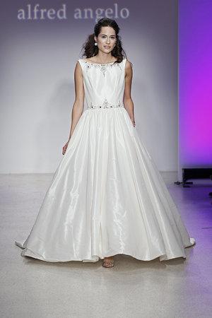 Wedding Dresses, Ball Gown Wedding Dresses, Traditional Wedding Dresses, Fashion, Classic Weddings, Alfred angelo