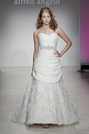 Wedding Dresses, Sweetheart Wedding Dresses, Hollywood Glam Wedding Dresses, Fashion, Glam Weddings, Alfred angelo, Art Deco Weddings