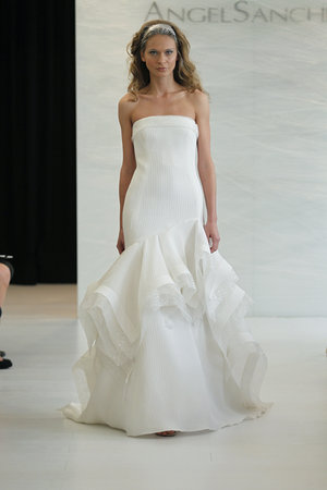 Wedding Dresses, Mermaid Wedding Dresses, Ruffled Wedding Dresses, Fashion, Modern Weddings, Angel sanchez