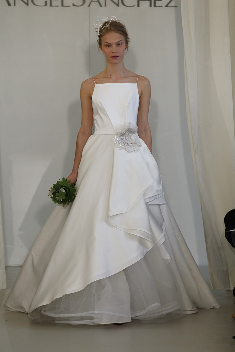 Wedding Dresses, Ball Gown Wedding Dresses, Ruffled Wedding Dresses, Fashion, white, Spring Weddings, Modern Weddings, Angel sanchez
