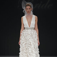 Wedding Dresses, Ruffled Wedding Dresses, Fashion, V-neck Wedding Dresses, a-line wedding dreses