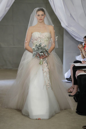 Wedding Dresses, Sweetheart Wedding Dresses, Ball Gown Wedding Dresses, Romantic Wedding Dresses, Fashion, pink, Spring Weddings, Garden Weddings, Carolina herrera