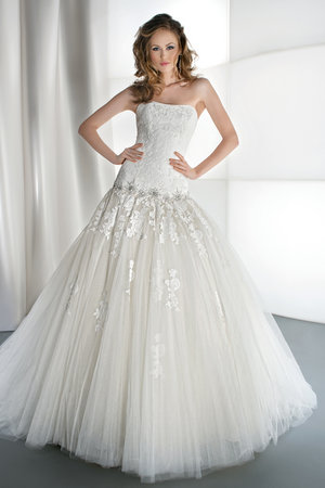 Wedding Dresses, Ball Gown Wedding Dresses, Lace Wedding Dresses, Romantic Wedding Dresses, Fashion, Strapless Wedding Dresses, Demetrios