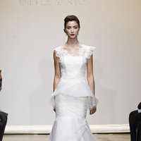 Wedding Dresses, Mermaid Wedding Dresses, Lace Wedding Dresses, Romantic Wedding Dresses, Fashion, V-neck Wedding Dresses, Ines di santo