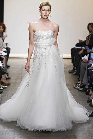 Wedding Dresses, Romantic Wedding Dresses, Traditional Wedding Dresses, Fashion, Classic Weddings, Ines di santo