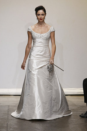 Wedding Dresses, Traditional Wedding Dresses, Fashion, Classic Weddings, Ines di santo
