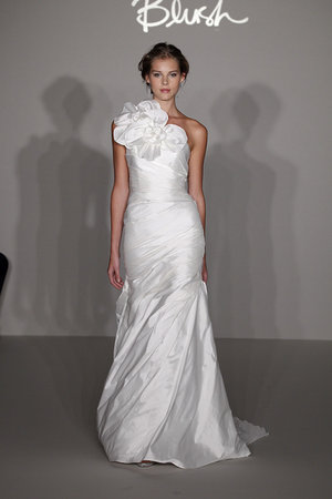 Wedding Dresses, One-Shoulder Wedding Dresses, Fashion, Jim hjelm
