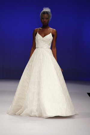 Wedding Dresses, Sweetheart Wedding Dresses, Ball Gown Wedding Dresses, Traditional Wedding Dresses, Fashion, Classic Weddings, Junko yoshioka