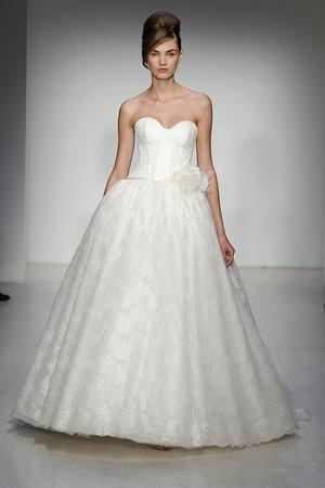 Wedding Dresses, Sweetheart Wedding Dresses, Ball Gown Wedding Dresses, Lace Wedding Dresses, Romantic Wedding Dresses, Traditional Wedding Dresses, Fashion, Classic Weddings, Garden Weddings, Kenneth pool