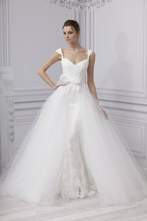 Wedding Dresses, Ball Gown Wedding Dresses, Lace Wedding Dresses, Romantic Wedding Dresses, Fashion, Classic Weddings, Monique lhuillier