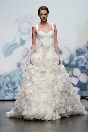 Ruffled Wedding Dresses, Fashion, Monique lhuillier