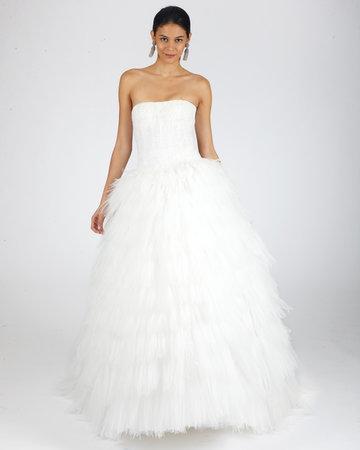Wedding Dresses, Ball Gown Wedding Dresses, Ruffled Wedding Dresses, Romantic Wedding Dresses, Traditional Wedding Dresses, Oscar de la renta