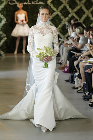 Wedding Dresses, Illusion Neckline Wedding Dresses, Lace Wedding Dresses, Romantic Wedding Dresses, Vintage Wedding Dresses, Fashion, Oscar de la renta, Wedding Dresses with Sleeves