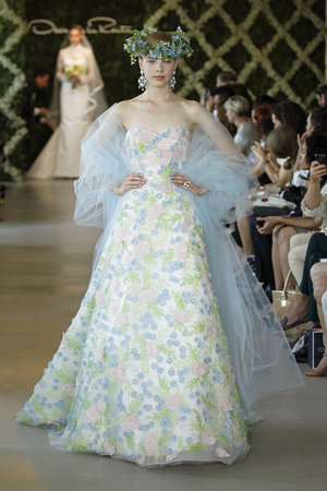 Wedding Dresses, Sweetheart Wedding Dresses, A-line Wedding Dresses, Romantic Wedding Dresses, Fashion, pink, blue, Spring Weddings, Garden Weddings, Oscar de la renta