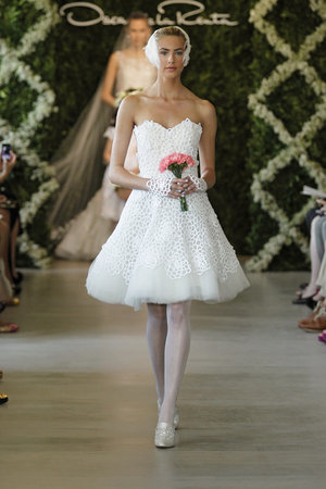 Wedding Dresses, Illusion Neckline Wedding Dresses, Vintage Wedding Dresses, Fashion, Vintage Weddings, Oscar de la renta, Short Wedding Dresses