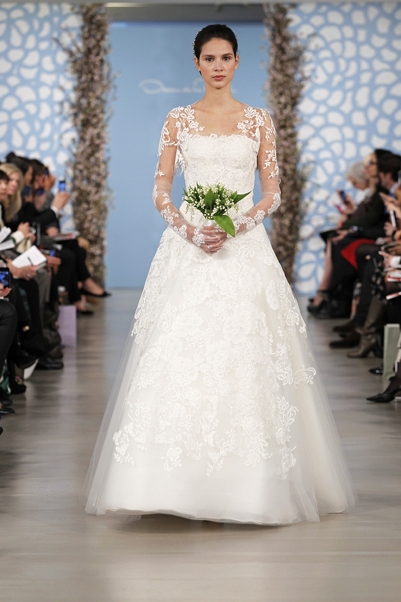 Wedding Dresses, A-line Wedding Dresses, Lace Wedding Dresses, Romantic Wedding Dresses, Traditional Wedding Dresses, Fashion, Classic Weddings, V-neck Wedding Dresses, Oscar de la renta, Wedding Dresses with Sleeves