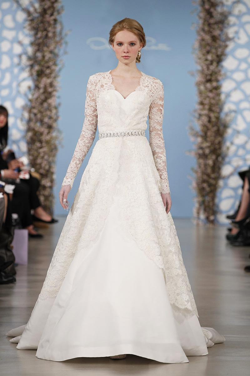 Wedding Dresses, A-line Wedding Dresses, Lace Wedding Dresses, Traditional Wedding Dresses, Fashion, white, Classic Weddings, V-neck Wedding Dresses, Oscar de la renta, Wedding Dresses with Sleeves